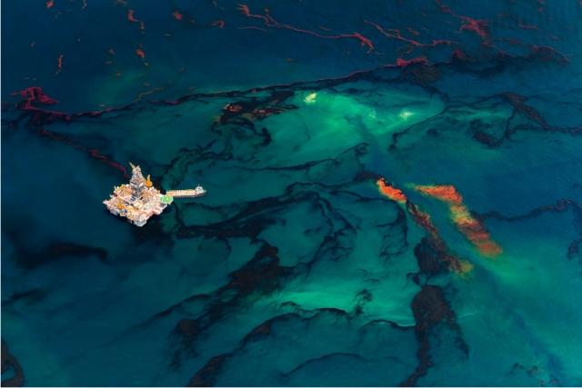 Oil Spill #14 - Daniel Beltrá 2013